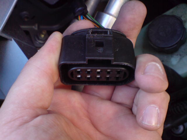 Ford Focus Head Light Connector